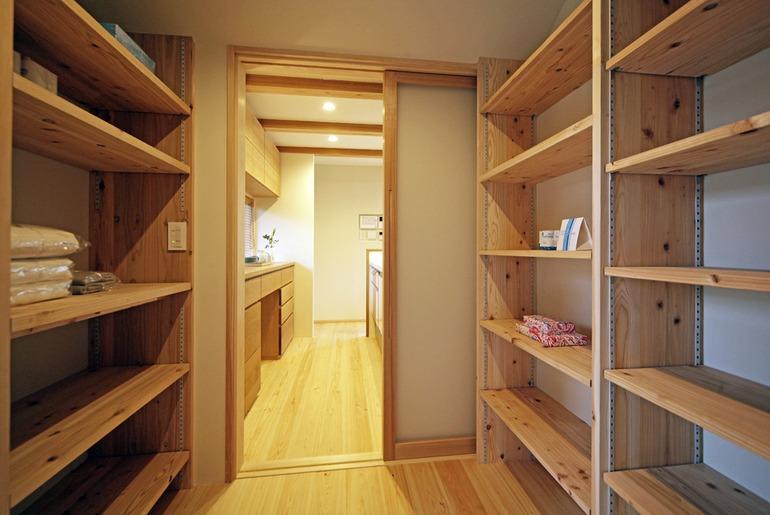 Nội thất gỗ trong thiết kế nhà kiểu Nhật truyền thống