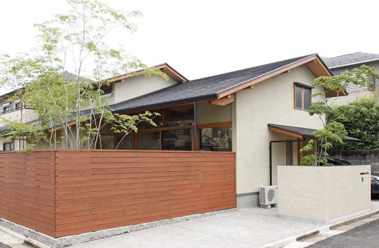 Nhà kiểu Nhật truyền thống từ bên ngoài