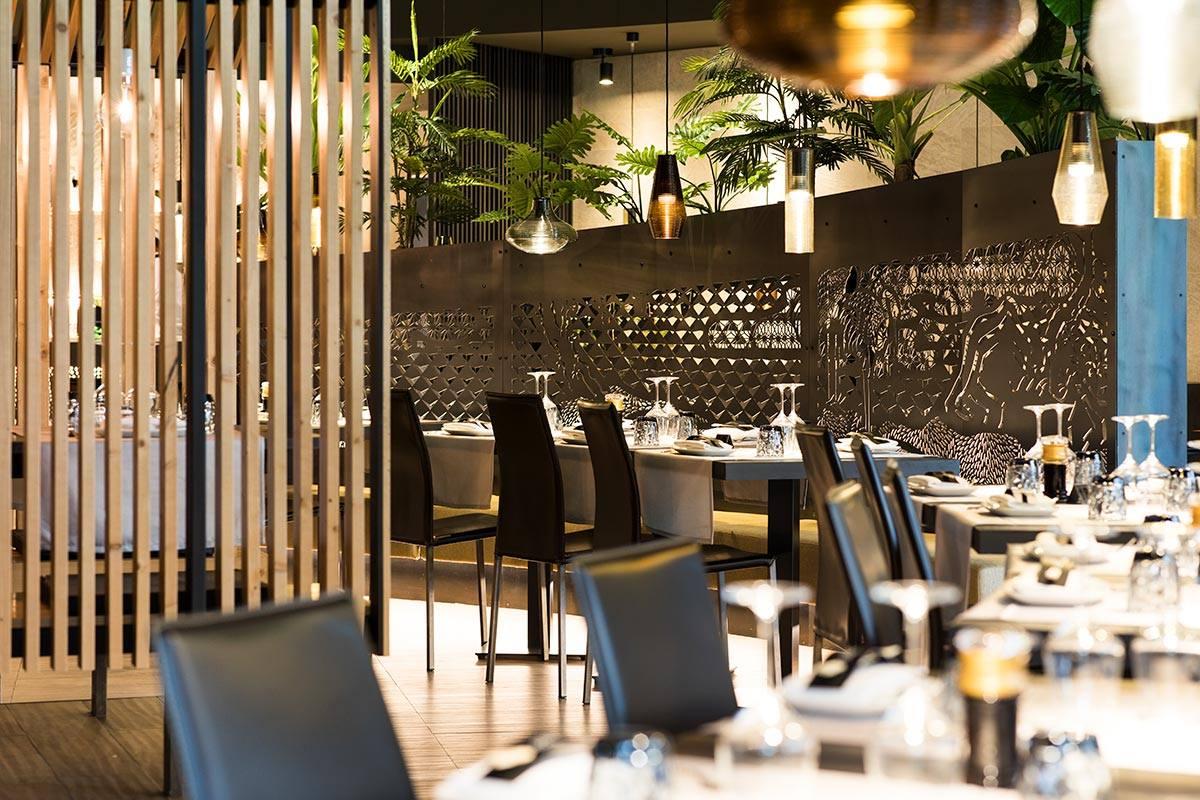Mẫu trang trí nhà hàng kiểu Nhật sang trọng