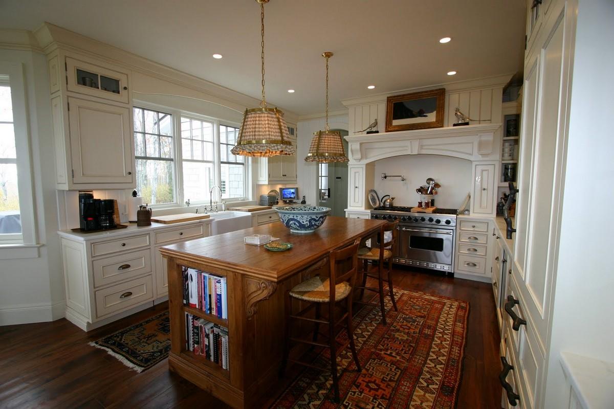 Không gian phòng bếp phong cách tân cổ điển